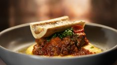 Osso Buco with Polenta, and Roasted Bone Marrow Roasted Bone Marrow, New Recipes, Favorite Recipes, My Kitchen Rules, Make Hummus, Oven Dishes, Kitchen Prints, Cereal Recipes, Latest Recipe