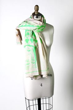 Women's Poker King and Queen of Hearts Scarf (Paris Green)  // Unique Holiday Gift Ideas. Fun Trendy Scarves.
