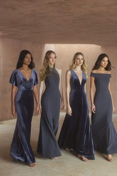Jenny Yoo's Spring 2019 Collection blooms with heavenly floral prints and eye-catchingly unexpected details. Jenny Yoo's Spring 2019 Collection blooms with heavenly floral prints and eye-catchingly unexpected details. Velvet Bridesmaid Dresses, Wedding Bridesmaids, Wedding Gowns, Prom Dresses, Wedding Parties, Unique Bridesmaid Dresses, Wedding Navy, Green Wedding Shoes, Short Dresses