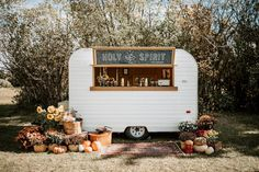 Well this fall weather has been incredible! What a treat to have such beautiful days to be outdoors enjoying life! We had the privilege of supplying rentals for the @wild_rose_weddingworkshops fall styled shoot class last week and the images are AH-mazing! Now can we just park this cute mobile bar in the yard forever please?! . . Images @greylilyphotography Florals @floral.and.field Bar @holyspirit.bar Styling @heather_johnston_creative Cookies @blackdog_bakery Caterer @brieandbanquet Venue… Wedding Sand, Rose Wedding, Autumn Wedding, Potted Mums, Wedding Confetti, Fall Weather, Industrial Wedding, Wedding Photoshoot, Orange