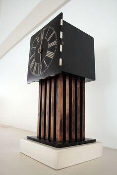 Rennie Macintosh clock