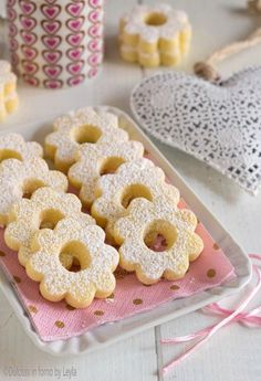 Canestrelli, the recipe of Sonia Peronaci Dulcisss in oven by Leyla Biscotti Biscuits, Biscotti Cookies, Galletas Cookies, Yummy Cookies, Cake Cookies, Italian Cookies, Italian Desserts, Cookie Recipes, Dessert Recipes