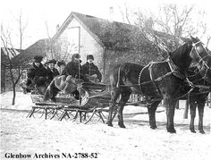 4 seater cutter in Regina, Saskatchewan, c1907. Courtesy of the Glenbow Museum Online Archives, Calgary, Alberta