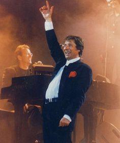 Udo Jürgens († 80) schrieb rund 1000 Lieder - Welcher ist Ihr Lieblingssong?