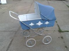 Vintage Pram, Peg Perego, Prams, My Childhood, Baby Strollers, Blue And White, Retro, Dolls, Children