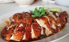 Roasted hainanese chicken rice recipe singapore - Chicken like recipes Roasted Chicken Rice Recipe, Hainanese Chicken Rice Recipe, Roast Chicken And Rice, Chicken Rice Recipes, Roast Recipes, Cooking Recipes, Hainan Chicken, Nasi Bakar, Singapore Food