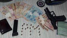 Acusados de tráfico de drogas são presos com arma em estrada de Guarani