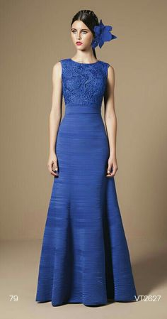 Best evening dresses elegant high 60 ideas Source by dresses Best Evening Dresses, Evening Gowns, Winter Dresses, Summer Dresses, Dresses Elegant, Pretty Dresses, Bridesmaid Dresses, Prom Dresses, Formal Dresses