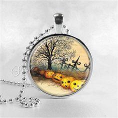 VINTAGE HALLOWEEN Necklace, VIntage Jack O Lantern Necklace, Jack O Lanterns, JOL, Pumpkin Patch, Glass Art Necklace, Halloween Jewelry on Etsy, $8.95