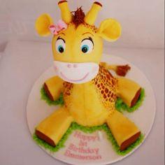 Emmerson's 1st Birthday Cake! #Giraffe