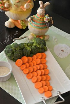 Easter Themed Veggie Tray by Hip2Save. Enjoy healthy and delicious treats while making it fun for the kids.