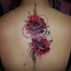 "233 Likes, 3 Comments - Pinklightsaber (@pinklightsaber) on Instagram: ""Today's piece! Pretty poppys for her daughters on her spine.  Thank you Tamra!! #tattoo…"""