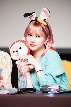 """the cutest bunny 🐰"" Chinese Zodiac Signs, Family Bonding, Summer Rain, Cute Bunny, Ulzzang Girl, Pop Group, Kpop, Twitter, Heart"