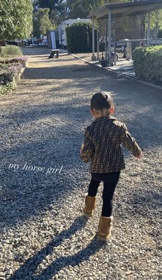 Cute Outfits For Kids, Cute Kids, Cute Babies, Kylie Jenner Outfits, Kendall And Kylie Jenner, Toddler Fashion, Kids Fashion, Winter Fashion, Kylie Travis