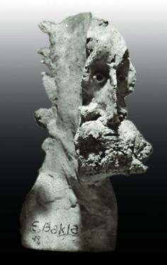 Erdinç Bakla, bust, earhtenware, 17x9x10 cm, 1978