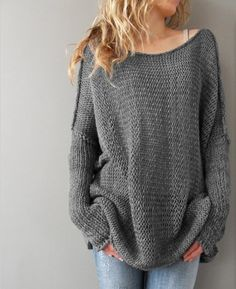 Long sleeved loose sweater | victoriaswing