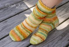 I'm a little behind on birthday socks these days so even though Hannah's birthday was yesterday, today I'm showing you Jessica's birthday socks. Her birthday was way back in July but I finished the...
