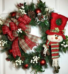 ideas to decorate fake xmas wreath with pinecones and ribbon Christmas Door Wreaths, Noel Christmas, Holiday Wreaths, Rustic Christmas, Christmas Ornaments, Winter Wreaths, Wreath Crafts, Holiday Crafts, Christmas Arrangements