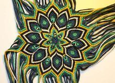Learn to make your own colorful bracelets of threads or yarn. Macrame Bag, Micro Macrame, Macrame Jewelry, Handmade Friendship Bracelets, Friendship Bracelet Patterns, Freddy 2, Hand Embroidery Patterns Flowers, Macrame Design, Macrame Tutorial