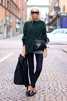Ellen Claesson  » Half week – Wednesday  Knit, pants and blazer from Acne, shoes from Notebene, bag and shades from Céline.