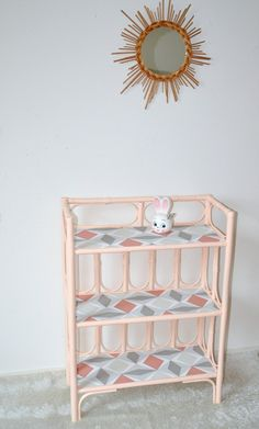 ÉTAGÈRE  rotin, rose , shelf de la boutique atelierdelachoisille sur Etsy Bamboo Furniture, Decoration Originale, Shelves, Storage, Inspirer, Room, Inspiration, Etsy, Home Decor