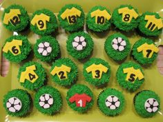 Im in charge of Payton's end of the season party cupcakes! Hoping I can be crafty enough to make these :)