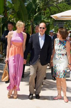 Prince Albert and Princess Charlene of Monaco celebrated the 4th of July yesterday at the American restaurant Star 'n' Bars in the port of Monaco. Description from princesasdelarealeza.blogspot.com. I searched for this on bing.com/images
