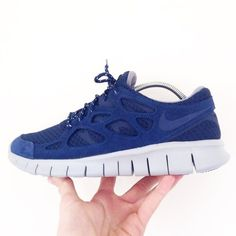 be5489f3d3bed Nike Free Run 2 | Brand new with box | Two sizes available : U.K. 11