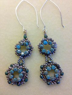 Free Rulla Bead Earrings Pattern featured in Bead-Patterns.com Newsletter!