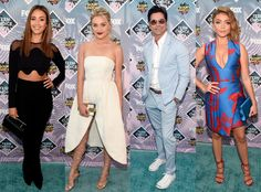 Best and Worst Dressed at the 2016 Teen Choice Awards Teen Choice Awards 2016, John Stamos, Nice Dresses, Formal Dresses, Jessica Alba, Red Carpet, Celebrity Style, Jumpsuit, Disappointed