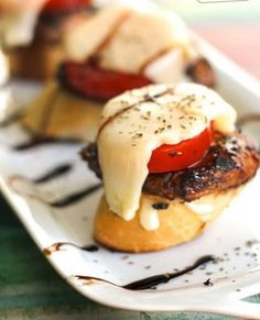 """These Caprese Chicken Sliders are a tasty Italian style appetizer. The grilled chicken is a must! A fun """"fusion"""" finger food perfect for any party! Tapas, Appetizers For Party, Appetizer Recipes, Christmas Appetizers, Entree Recipes, Yummy Appetizers, Sandwich Recipes, Dinner Recipes, Grilling Recipes"""