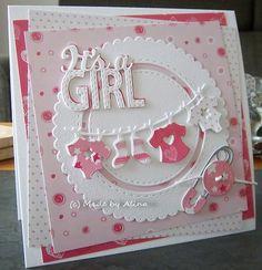 En dit kaartje is door mijn man besteld :) , voor een collega die vader is geworden. ''It's a Girl'' is een snijmal van Creative Express...