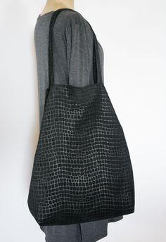 Skrawek Natury - textured leather bag Sling Backpack, Leather Bag, Backpacks, Bags, Etsy, Fashion, Handbags, Moda, Fashion Styles