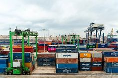 Logistic Fotos - Descarga imágenes gratis - Pixabay Cma Cgm, Warehouse Logistics, Times Square, Building, Travel, November, China, See Through, Free Market