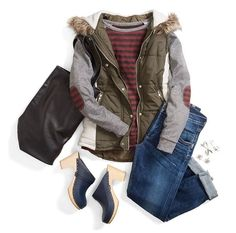 60cb3035318 Great casual outfit! And I have black clogs with wooden heels! Puffer Vest