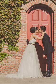cute wedding portrait, photo by Yuna Leonard Photography http://ruffledblog.com/handcrafted-wedding-at-franciscan-gardens #wedingportrait #weddingphotography