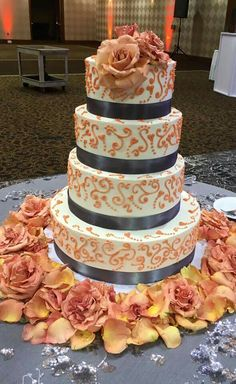 4 tier stacked wedding cake Specialty Cakes, Creative Cakes, Wisteria, Wedding Cakes, Desserts, Food, Wedding Gown Cakes, Meal, Wedding Pie Table