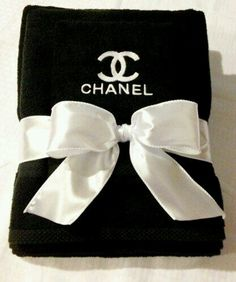 I have a 3pc set of these towels...can't wait to use them in my new place!❤