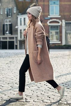 30 Stylish Ways To Wear A Camel Coat | Be Daze Live