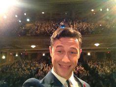 13 Important Selfies Of Joseph Gordon-Levitt Joseph Gordon Levitt, Thought Catalog, People, Movies, Oscars, Selfies, Amazing, Films, Academy Awards
