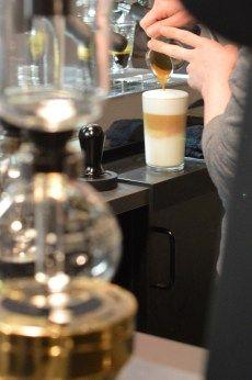 JA zu Kaffee   Fräulein Gwendolyn/ Barista/Latte Macchiato