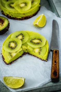 Awokado – wszyscy znamy je z guacamole, dodajemy do sałatek. A jak smakuje na słodko? Genialnie. Wypróbujcie nasze serniczki, takiego deseru jeszcze nie jedliście!