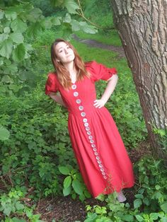 Fashion Photo, Women's Fashion, Country Dresses, Button Dress, College Fashion, Flower Dresses, Costume Dress, Flower Power, Balloons