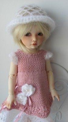 Hand Knit Dress and Hat for 10'' Doll BJD, Kish, Iplehouse, Effner