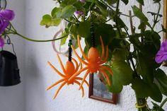 """Ohrringe - """"grosse Spinnen"""" in orange,halloween - ein Designerstück von Miss-Gin bei DaWanda"""