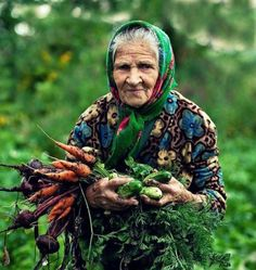 this is what I wanna be in the future..little old lady gardening...just toss in a few cats. perfect.
