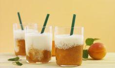 Aprikosen-Vanille-Smoothie - Rezepte - Schweizer Milch Pint Glass, Glass Of Milk, Brunch, Pudding, Drinks, Tableware, Desserts, Food, Vanilla
