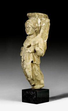 MARBLE CARYATID, Roman, 2nd/3rd century AD.