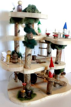 Waldorf, Reggio Emilia, Montessori inspired tree house/doll house for peg people. This is the perfect birthday gift or Christmas surprise for any