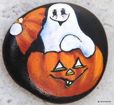 handpainted-rock-Halloween-Ghost-Pumpkin-holiday-decor-collectible-ngreshamart